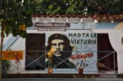 Vinales house with Ch� painting, Cuba