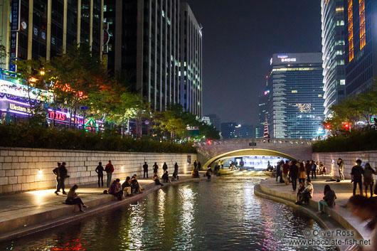 Cheonggyechon stream