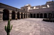 Courtyard of the Monasteiro Santa Catalina in Arequipa, Peru