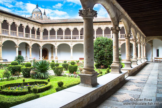 Interiour courtyard of the Convento de las Dueñas in Salamanca after reducing exposure of the sky