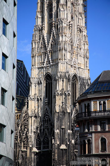 Architectural mix around Stephansdom cathedral