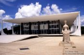 Travel photography:Building of the Supreme Court by architects Oscar Niemeyer and Lúcio Costa with Justitia statue by Alfredo Ceschiatti, Brazil