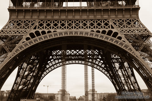 Sepia toned image of the Paris Eiffel Tower