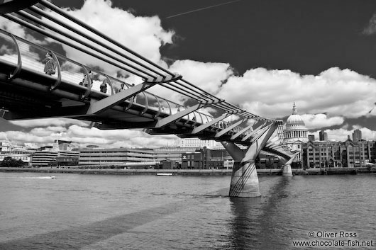 The London Millennium Bridge with St Paul´s Cathedral and River Thames