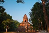 Travel photography:Phnom Bakkheng within its forest setting, Cambodia