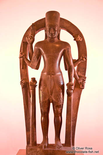 Sculpture of Visnu with eight arms at the Phnom Penh National Museum