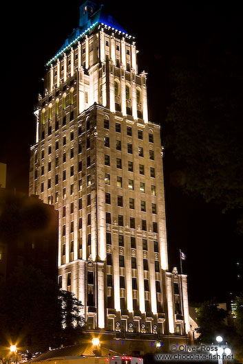 High-rise building in Quebec by night