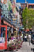 Travel photography:Street cafe in Quebec´s lower old town (basse ville), Canada