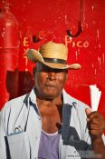 Travel photography:Peanut seller in Trinidad, Cuba