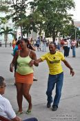 Travel photography:Dancers in Santa Clara, Cuba