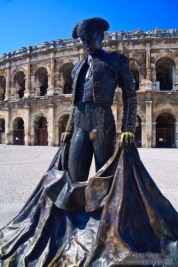 Torero sculpture in front of the coliseum in Nimes