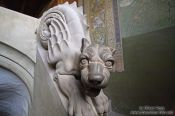 Travel photography:Dragon Dog in the Sängersaal of the Wartburg Castle, Germany