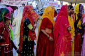 Travel photography:Women wearing their colourful saris in Jodhpur, India