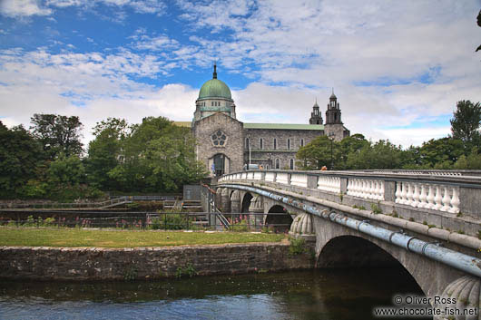 Bridge across the river Corrib in Galway with the cathedral in the background
