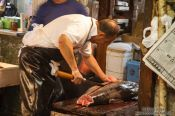Travel photography:Cutting fish at the Tokyo Tsukiji fish market, Japan