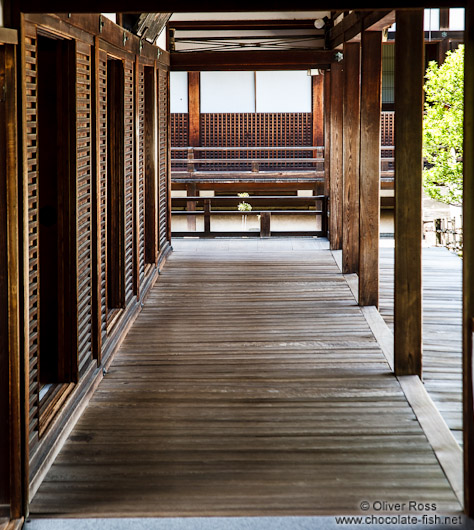 Wooden walkway at Kyoto´s Ninnaji temple