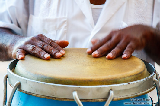 Hands playing the drum in Boca del Rio