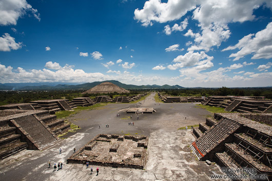 Panoramic view of the Teotihuacan archeological site with the Avenue of the Dead