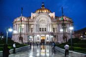 Travel photography:The Palacio de Bellas Artes by night, Mexico