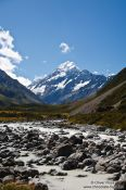 Travel photography:View of Aoraki/Mount Cook in Mount Cook National Park, New Zealand