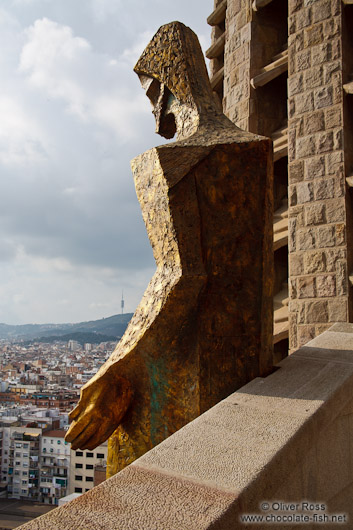 Sitting Christ sculpture symbolising the ascension of Christ on the Passion Facade of the Sagrada Familia