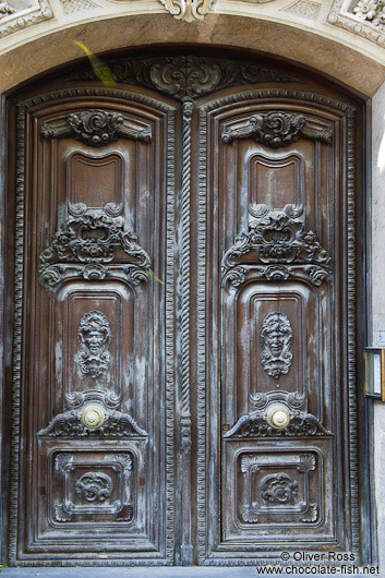 Wooden door in Valencia