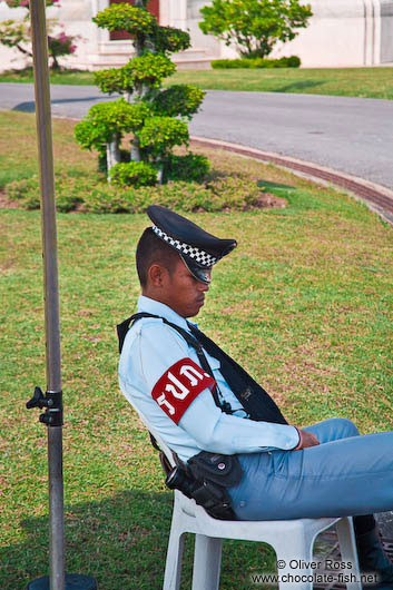 Sleeping guard at Dusit Palace