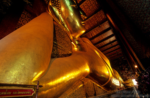 Giant reclining Buddha at Wat Pho