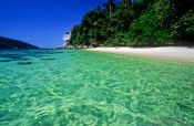Travel photography:Turquoise water in Ko Tarutao Ntl Park, Thailand