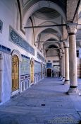 Travel photography:Columns within the Topkapi palace, Turkey