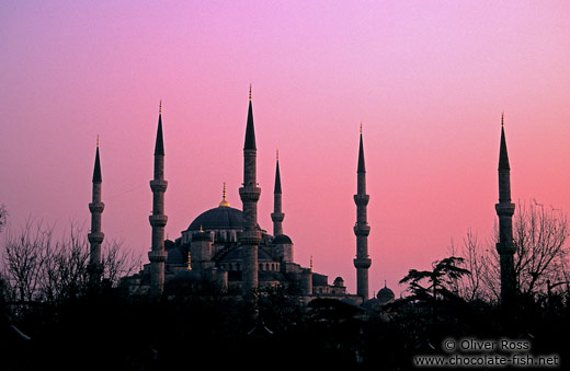 The Sultanahmet (Blue) Mosque at dusk