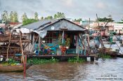 Travel photography:House at the Can Tho floating market , Vietnam