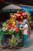 Travel photography:Hanoi flowers on wheels , Vietnam