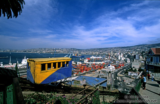 Panorama over Valparaiso with the Ascensor Artilleria
